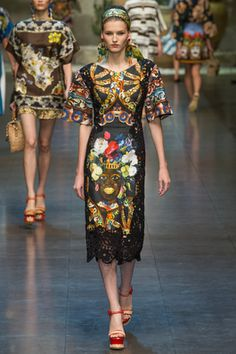 Dolce & Gabbana Spring 2013 Ready-to-Wear Collection Photos - Vogue Couture Mode, Couture Fashion, Runway Fashion, Fashion Show, Fashion Design, Milan Fashion, Daily Fashion, Dolce & Gabbana, Vogue