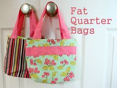 easy fat quarter bags (just made one of these and it was quick and turned out super cute....i figured i should practice sewing some bags before i tackle the diaper bag project)
