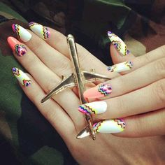 never have nails this long, but love the design Dope Nails, Get Nails, How To Do Nails, Hair And Nails, Stilettos, Nailart, Candy Paint, Tribal Nails, Almond Shape Nails
