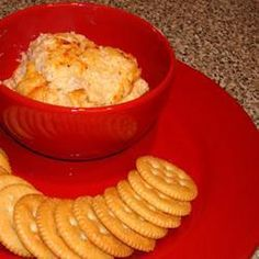 This is a wonderful hot shrimp spread for crackers. It's quick and easy, and it goes quickly whenever it's served. Appetizer Dips, Appetizer Recipes, Snack Recipes, Mayonnaise, Ketchup, Delish Videos, Pimento Cheese Recipes, Cheddar Cheese, Butter Shrimp
