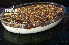 Nefis Halley Pasta Tarifi nasıl yapılır? 3.647 kişinin defterindeki Nefis Halley Pasta Tarifi'nin resimli anlatımı ve deneyenlerin fotoğrafları burada. Yazar: Türkan Sultanın mutfağı