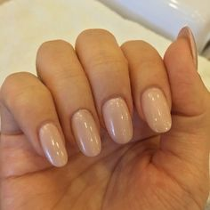 Natural oval nails