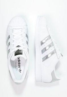adidas Originals SUPERSTAR - Sneaker low - white/silver metallic/core black - Zalando.de