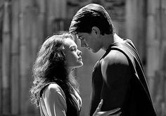Kate Bosworth and Brandon Routh in Warner Bros Pictures' Superman Returns - Movie still no 1 Brandon Routh, Brandon James, Superman And Lois Lane, Superman Man Of Steel, Superman Family, Kevin Spacey, Bryan Singer, Superman News, Nostalgia