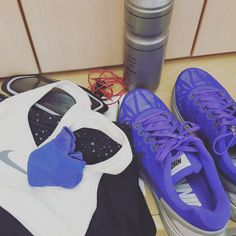 """Todo preparado para un nuevo entrenamiento  Everything ready for a new workout  #40andfit #healthylife #timeforworkout #keepgoing #motivated #constancy…"""