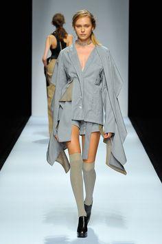 Anne Sofie Madsen Spring 2017 ready-to-wear collection Tokyo Fashion Week Throwback Tokyo Fashion, Vogue Fashion, Runway Fashion, High Fashion, Fashion Show, Womens Fashion, Fashion Design, Fashion Trends, Fashion Details