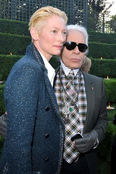 Karl Lagerfeld has to purse his lips extra hard when he poses with her just to hide how much he's fangirling inside. | 20 Reasons Why Tilda Swinton Is The Most Fashionable Person Of Our Time
