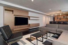 Modern Home Design in USA Reflecting Grandeur: Edgewater Residence