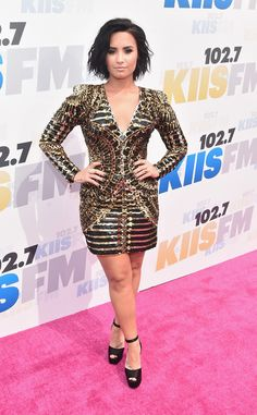 Demi Lovato Unleashes Twitter Rant After Quitting Social Network for 24 Hours   E! Online Mobile