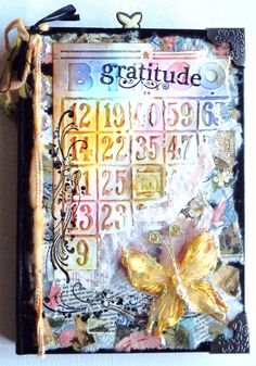 """""""Gratitude journal"""" via Patricia Mendys Blank Journal, Journal Covers, Diy Projects To Try, Project Ideas, Craft Ideas, Smash Book Inspiration, One Thousand Gifts, Paper Crafts, Diy Crafts"""