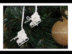 DomiCrochet - YouTube Christmas Bulbs, Holiday Decor, Amigurumi, Christmas Light Bulbs, Crochet Granny, Crochet Stitches, Knit Patterns, Crochet Stitches Patterns