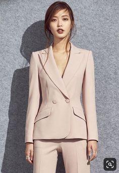 New Womens Suit Vest Pants Ideas Business Professional Outfits, Business Outfits, Office Outfits, Corporate Fashion, Business Fashion, Suit Fashion, Fashion Outfits, Lawyer Fashion, Look Blazer