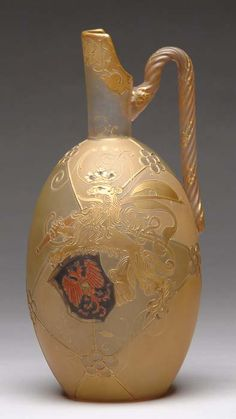 Mt Washington Royal Flemish Handled Ewer with Rampant Lion and Shield Decoration - 12 inch HOA Steven Williams, Mount Washington, Art Of Glass, Antique Glassware, Glass Company, Early American, Antique Art, Ceramic Pottery, Aesthetic Movement
