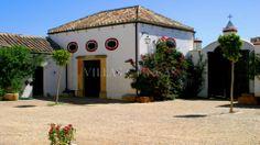 Cortijo, farmhouse for horses