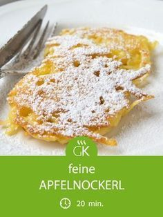 - Rezept süsssepeise Cuisine de mamies And DrinkApfelnockerl - Rezept süsssepeise Cuisine de mamies And Drink Baking Recipes, Snack Recipes, Dessert Recipes, Apple Desserts, Snacks, Cake Recipes, Apple Dumpling Recipe, Apple Dumplings, 5 Ingredient Desserts