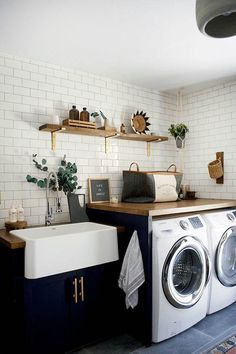 Bauernhaus Dekor Best Small Laundry Room Ideas on A Budget that You Have Never Thought of - - Modern Laundry Rooms, Farmhouse Laundry Room, Laundry In Bathroom, Basement Bathroom, Laundry Room Countertop, Laundry Cabinets, Basement Laundry, Laundry Room Small, Laundry Room Utility Sink