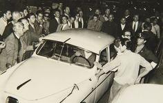 Incidente entre Taxi y turista - Febrero 1966 MDQ - Haynes Publishing Company Archive //Programa Archivos en Peligro - Biblioteca Británica // Endangered Archives Program -British Library