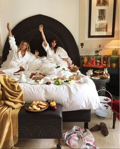 Breakfast in bed with my bestie on our trip to Italy