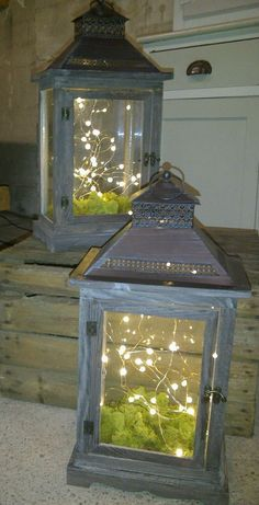 Rustic lanterns with fairy lights and moss More Rustic lanterns with fairy lights and moss More The post Rustic lanterns with fairy lights and moss More appeared first on Lichterkette ideen. Rustic Lanterns, Lanterns Decor, Decorating With Lanterns, Decorative Lanterns, Patio Lanterns, Lanterns With Flowers, Rustic Outdoor Decor, Rustic Barn, Old Lanterns