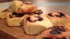 Une recette de pâte à brioches avec garnitures au choix (double chocolat ou pacanes au beurre)