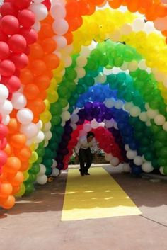 ...under the rainbow...