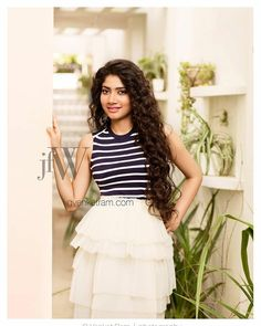 Sai pallavi cutest tollywood south Indian Actress insane beauty face unseen latest hot sexy images of her body show and navel pics with big. Beautiful Bollywood Actress, Most Beautiful Indian Actress, Beautiful Actresses, Western Outfits, Indian Outfits, Sai Pallavi Hd Images, Indian Women Painting, Budget Fashion, Fashion Tips