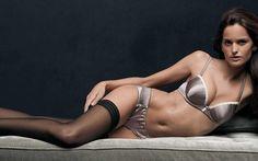 Boudoir in B&W Izabel Goulart Izabel Goulart, Actress Wallpaper, Most Beautiful Models, Brazilian Models, Victoria Secret Angels, Best Bags, Boudoir Photos, Body Measurements, Bra Sizes