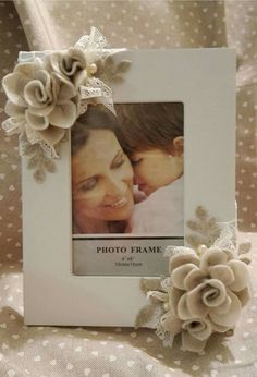 Jute Crafts, Felt Crafts, Diy And Crafts, Pinterest Crafts, Flower Cards, Fabric Flowers, Framed Art, Wedding Decorations, Crafty
