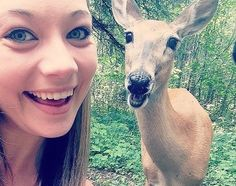 Twinsies - The Greatest Animal Photobombs of All Time - Photos