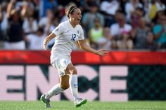 Norway 1-2 England: Lucy Bronze wondergoal fires Lionesses to historic World Cup knockout win