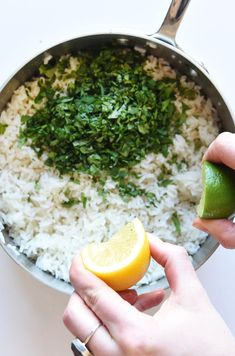 This Is How To Make All The Salsas On The Chipotle Menu Copycat Chipotle Rice, Chipotle Lime Cilantro Rice, Chipotle Menu, Chipotle Copycat Recipes, Pork Recipes, Mexican Food Recipes, Vegetarian Recipes, Cooking Recipes, Healthy Recipes