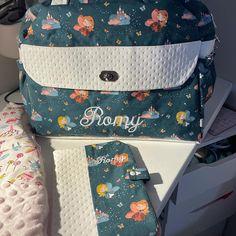 @leffetmains sur Instagram: Ensemble naissance pour une petite Romy ❤️ tissus coton oeko tex et minky 🧚🏻♀️ #turbulette #tissusoekotex #naissance #cadeauxnaissance…
