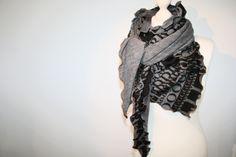 Dreieckstücher - XXL DREIECKSTUCH & LOOPSCHAL*BUCHSTABEN-Print - ein Designerstück von GOSTYLE-design bei DaWanda