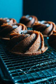 Rosh Hashanah Honeycakes // Sandra Harris