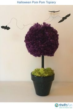 This awesome Halloween topiary is easy to make and can easily be customized!