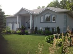 #81 Fairway Cres. Wasaga Beach, ON MLS#20141560 Link to Listing:  http://www.remax.ca/on/wasaga-beach-real-estate/na-81-fairway-cres-gtrb_20141560-lst
