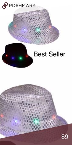 CHRISTMAS HAT LED Fedora Hat Light-Up WHITE PARTY uitable season: Spring, Summer, Autumn, Winter  Eaves: flat eaves  Cap top style: Flat top  Cap style: Short eaves  Color: WHITE  (i have all color please check my items)  Size: Length*Width*Inner height 28*24*11cm/11.02*9.45*4.33inch 58cm  Battery: 3 * LR44 button cell(included)  INCLUDED: 1PC + RANDOM GIFT Accessories Hats