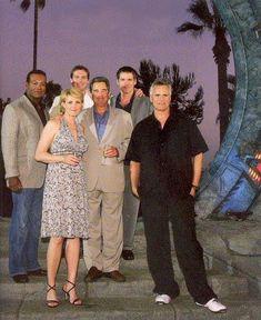 An Announcement from Stargate Command Stargate Movie, Stargate Ships, Stargate Atlantis, Best Sci Fi Shows, Sience Fiction, Richard Dean Anderson, Michael Shanks, Science Fiction Books, Places
