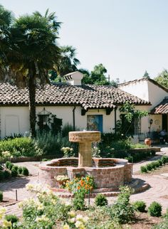 Beautiful Gardens And Architecture At Allied Arts Guild In Menlo Park