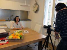 Odile Fernández, autora de 'Mis recetas anticáncer', preparada para la grabación del booktrailer de su segundo libro: 'Mis recetas de cocina anticáncer' Odile Fernandez, Recetas Anticancer, Second Best, Cooking Recipes, Book