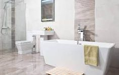 Tiled panel behind the bath - similar behind shower?