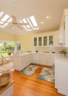 Beautiful yellow kitchen - www.PrestigePaints.com
