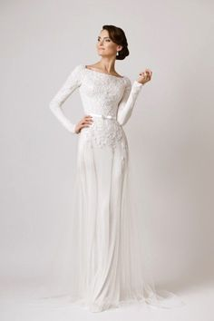 Elegant wedding dress. Disregard the groom, for the time being let us concentrate on the bride-to-be whom considers the wedding ceremony as the greatest day of her lifetime. With that fact, then it's certain that the wedding garment ought to be the best.