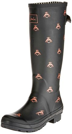 How gorgeous are these wellington Boots with Bees of Love. Joules Wellies for women #ad #bee #bees #wellingtons #wellies #festival #festivals #joules