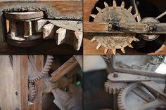 « Life is like a ten speed bicycle. Most of us have gears we never use. »  « La vie est comme une bicyclette à dix vitesses. La plupart d'entre nous ont des engrenages que nous n'utilisons jamais. »  Charles Monroe Schulz, auteur de bande dessinée... Monroe, We, Wood Watch, Comme, Bicycle Kick, Comics, Travel, Knots, Wooden Clock