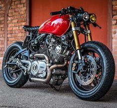 Loving this Yamaha Cafe Racer Virago Cafe Racer, Yamaha Cafe Racer, Yamaha Virago, Honda Cb750, Virago 535, Honda Bikes, Cafe Bike, Ducati, Moto Bike
