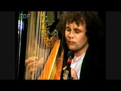 Andreas Vollenweider playing his amazing harp: Dancing With The Lion (Live) (1989) 6min