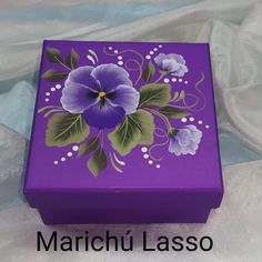 Acrylic Painting Flowers, One Stroke Painting, Fabric Painting, Painting On Wood, Decorative Wooden Boxes, Painted Wooden Boxes, Ceramic Boxes, Decoupage Box, Craft Box