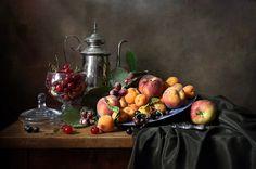 "Photo from album ""ФРУКТЫ-ЯГОДЫ"" on Yandex. Still Life Oil Painting, Light Painting, Oil Painting Materials, Still Life Artists, Still Life Images, Still Life Fruit, Fruit Painting, Fruit Art, Dinner Recipes For Kids"