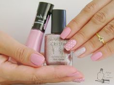 Adega de Esmaltes: Espartilho - Vult + Rosa Crystal - Avon + Petit Pois